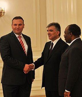 Karmod diundang ke Istana Negara