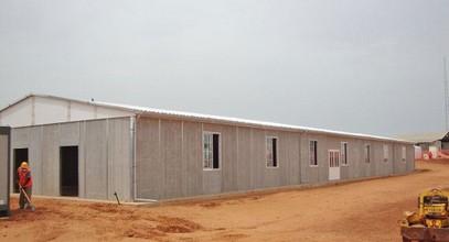 Konstruksi Prefabrikasi tempat kerja di Senegal