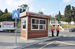 Kabin modern untuk keamanan oleh Karmod digunakan dalam Istana pengadilan Istanbul